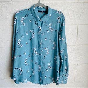 Karl Lagerfeld Paris Blue Floral Pearl Button Down